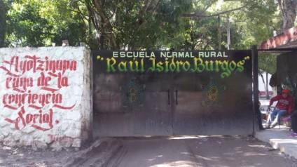 Historia de la Escuela Normal Rural de Ayotzinapa la Escuela Normal Rural Raúl