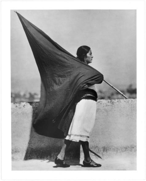 Mujer con Bandera 1928