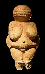 180px-Venus_of_Willendorf_frontview_retouched_2